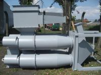 Bateria cyklonów z odpylaczem wstępnym ( leżąca przed montażem)